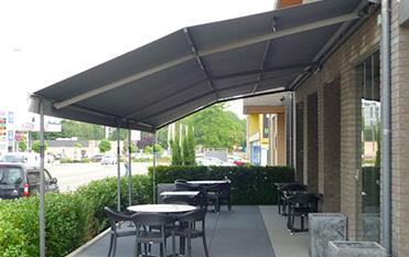 zon- en regenwering terrasschermen